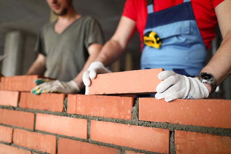 Bien monter les murs après avoir posé les fondations